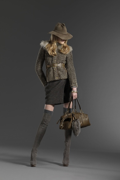 Gucci Prefall collection, coats, cabans, pants, skirts, Sartorial jackets, daywear, Fibre2fashion