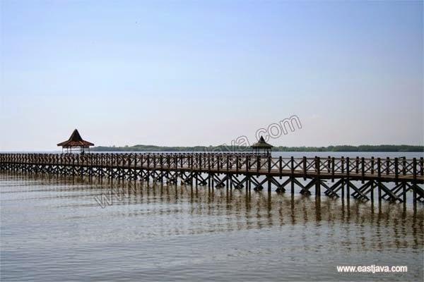 Objek wisata Pantai Bentar Probolinggo