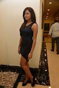 vithika sheru latest glamorous photos-thumbnail-3