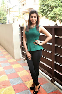 Actress Samantha Latest Pictures in Tight Jeans at Attarintiki Daredi Movie Interview 0026.JPG
