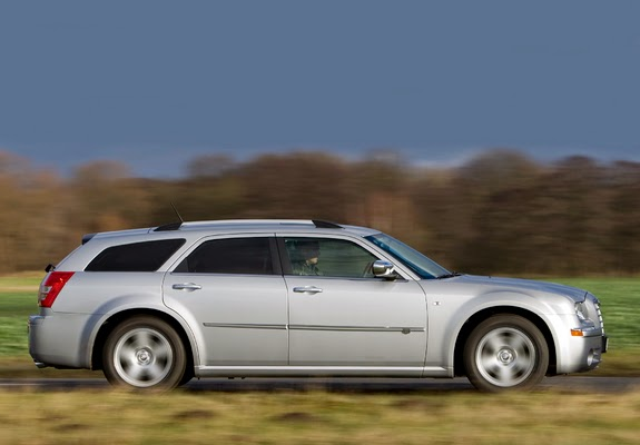 The Ultimate Car Guide  Chrysler 300 Wagon