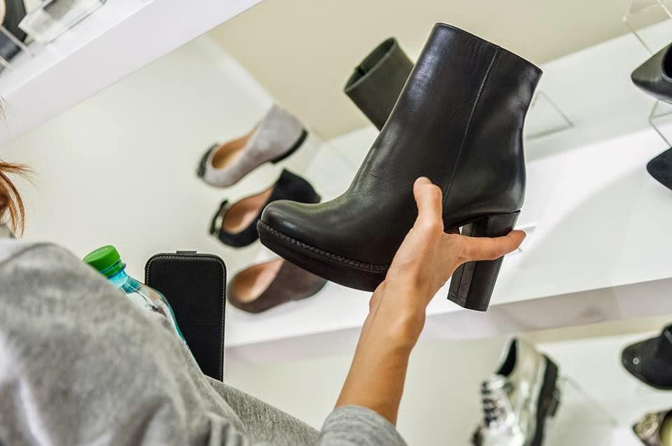 ce-model-pantof-se-poarta