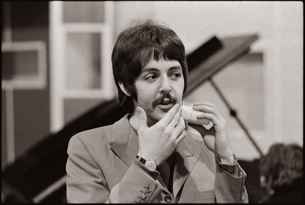 PAUL MCCARTNEY BY HENRY GROSSMAN