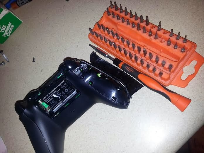 xbox 360 wiring harness the hand that feeds    xbox    one controller mod into fight  the hand that feeds    xbox    one controller mod into fight