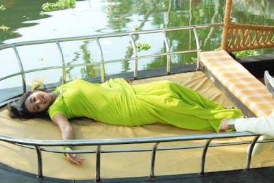 Mallu Actress Bhama Hot Photos