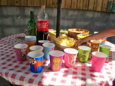 Caf para mam cumplea os infantil en casa - Cumpleanos infantil en casa ...
