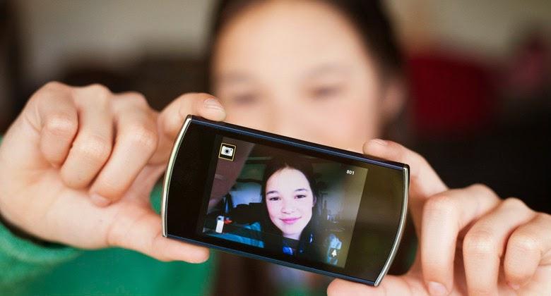 Mau Selfie di Rel Kereta Api, Tiga Pemuda Tewas Ditabrak