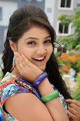 Priyanka latest glamorous photos-thumbnail-14