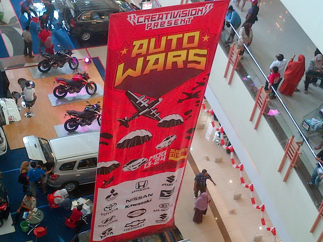 Pameran Otomotive : Auto Wars di Mall Olympic Garden Malang