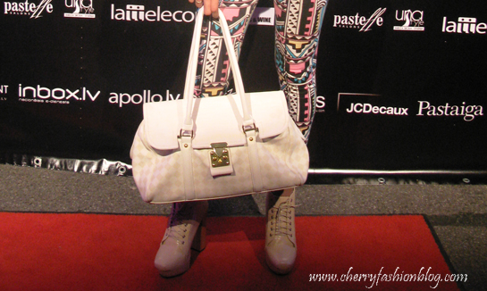 Jeffrey Campbell Lita look-alikes, White and beige bag, Accessories, Riga Fashion Mood