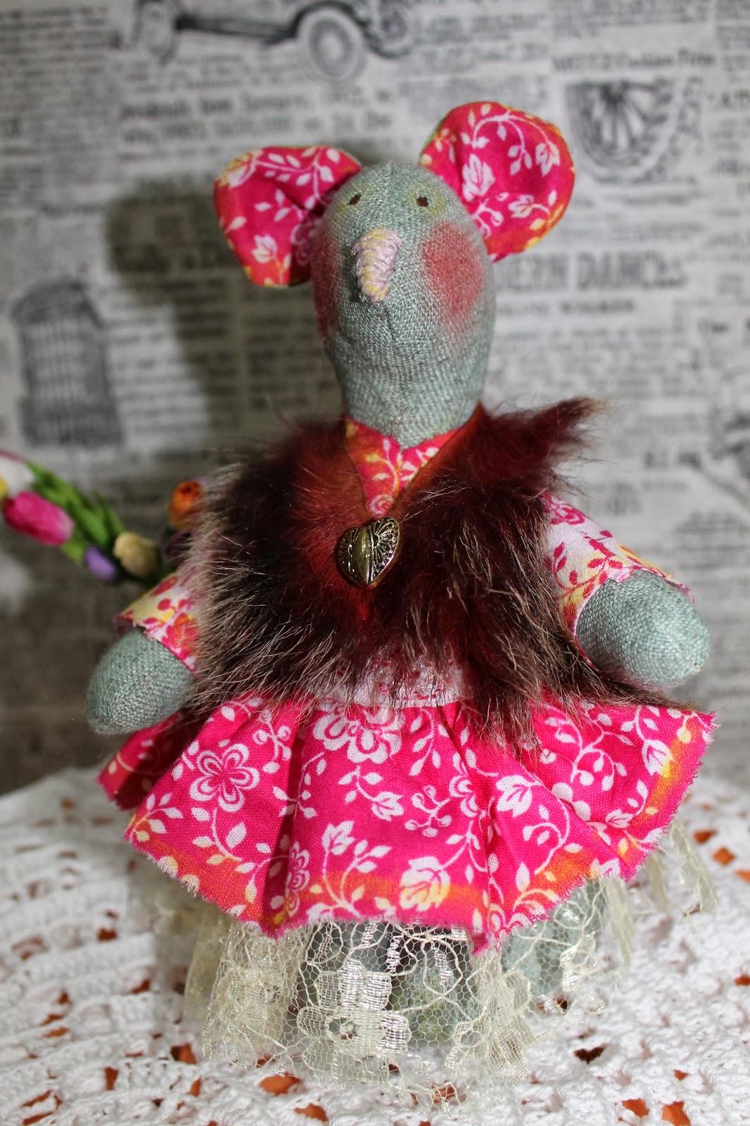 Текстильная игрушка Весенняя мышь