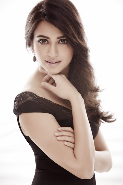 kriti kharbanda latest  photos