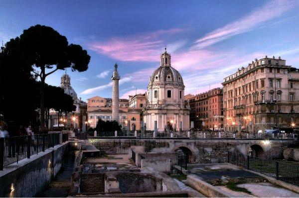 Colonna Traiana al tramonto