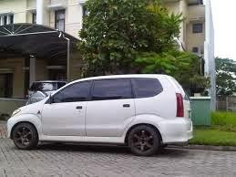 ceper mobil avanza putih hasil modifikasi