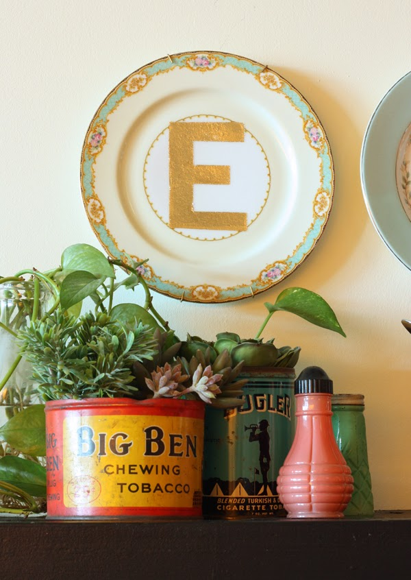 http://thesweetescape.ca/2014/03/diy-giveaway-gold-lettered-vintage-plates.html