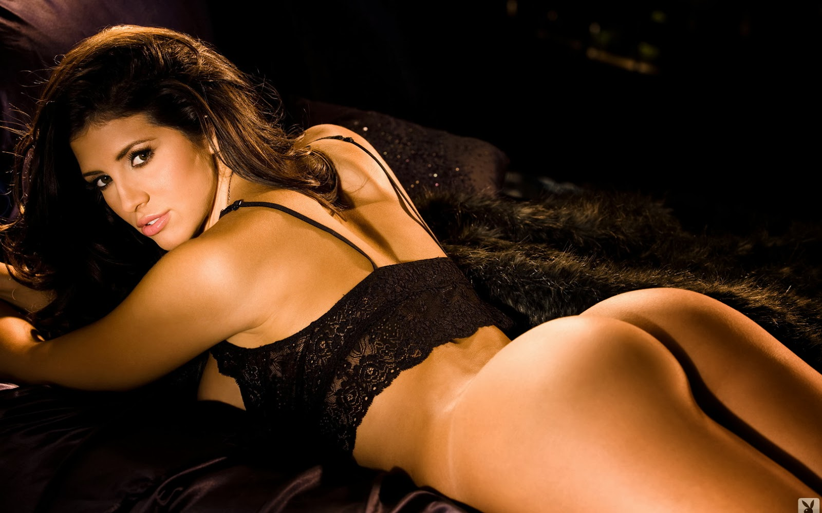 Hope Dworaczyk Sexiest Photos, Hot