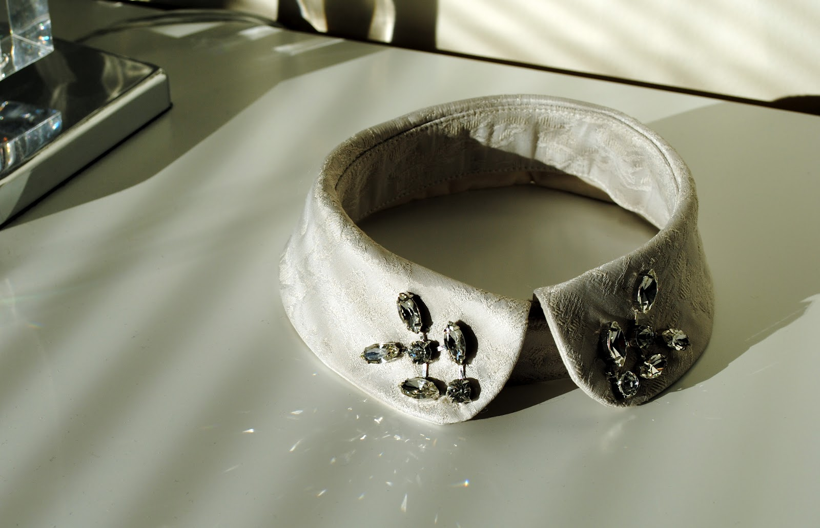 zara jewelled collar