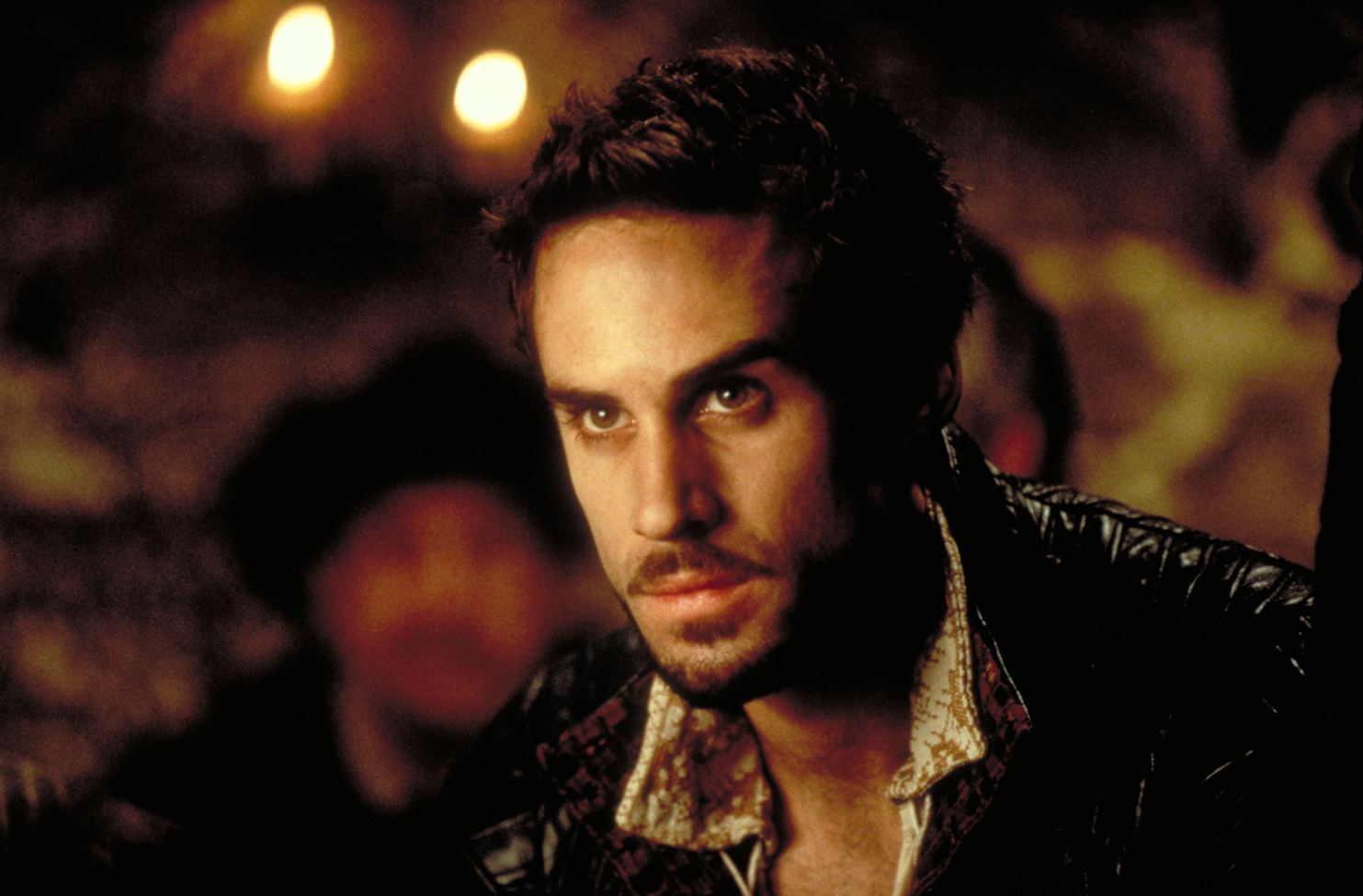 shakespeare in love Shakespeare in love (1998) was directed by john madden, written by marc norman and playwright tom stoppard.