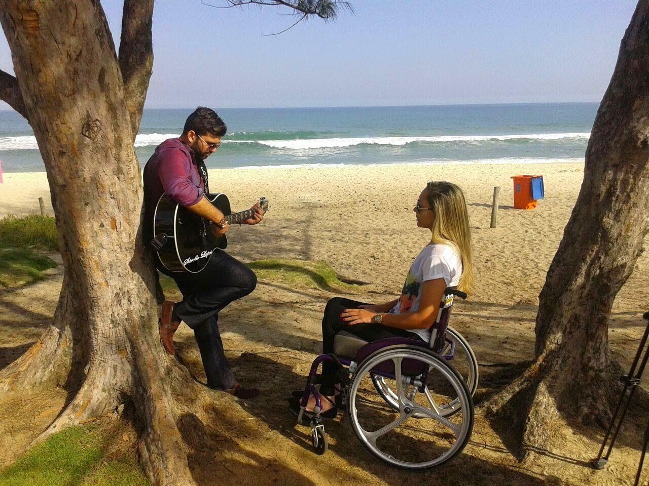 Daniele na gravação do clip da música Segredos