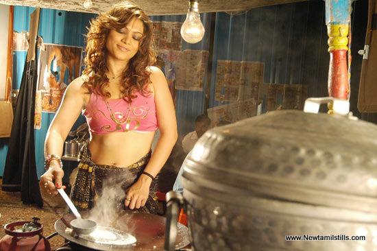 , Ragasiya Cooking Pics In Kitchen