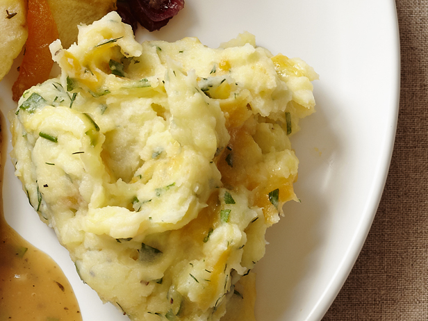 My Favorite Things: Buttermilk Mashed Potatoes With Mixed Herbs and ...