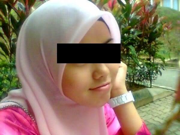 Gadis Bertudung Dikecam Kerana Aksi 18sx 4 Gambar