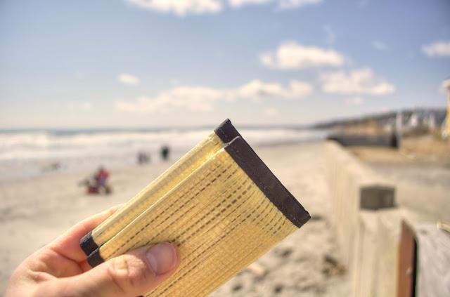 cartera resistente ligeras flowfold trifold amarilla verano