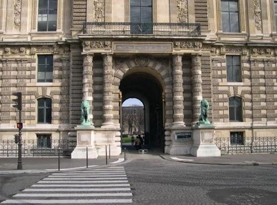 I am a mover june 2014 for Porte de cour