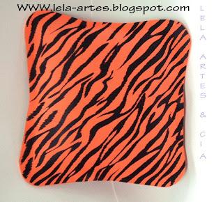 almofada em eva motivo tigre