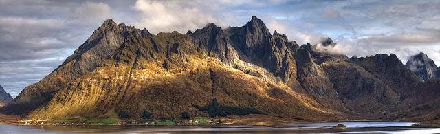montañas islas lofoten