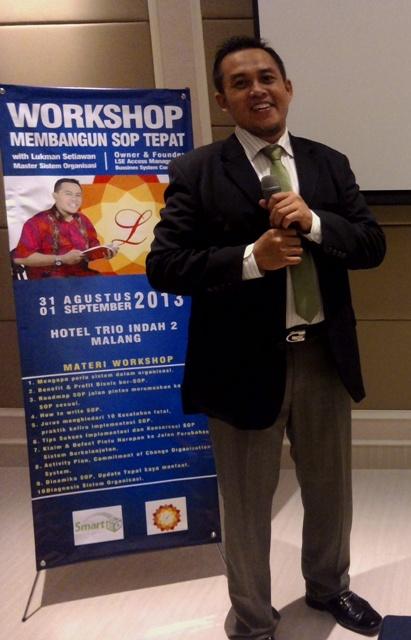 Pemateri-Workshop-Membangun-SOP-Tepat-Lukman-Setiawan