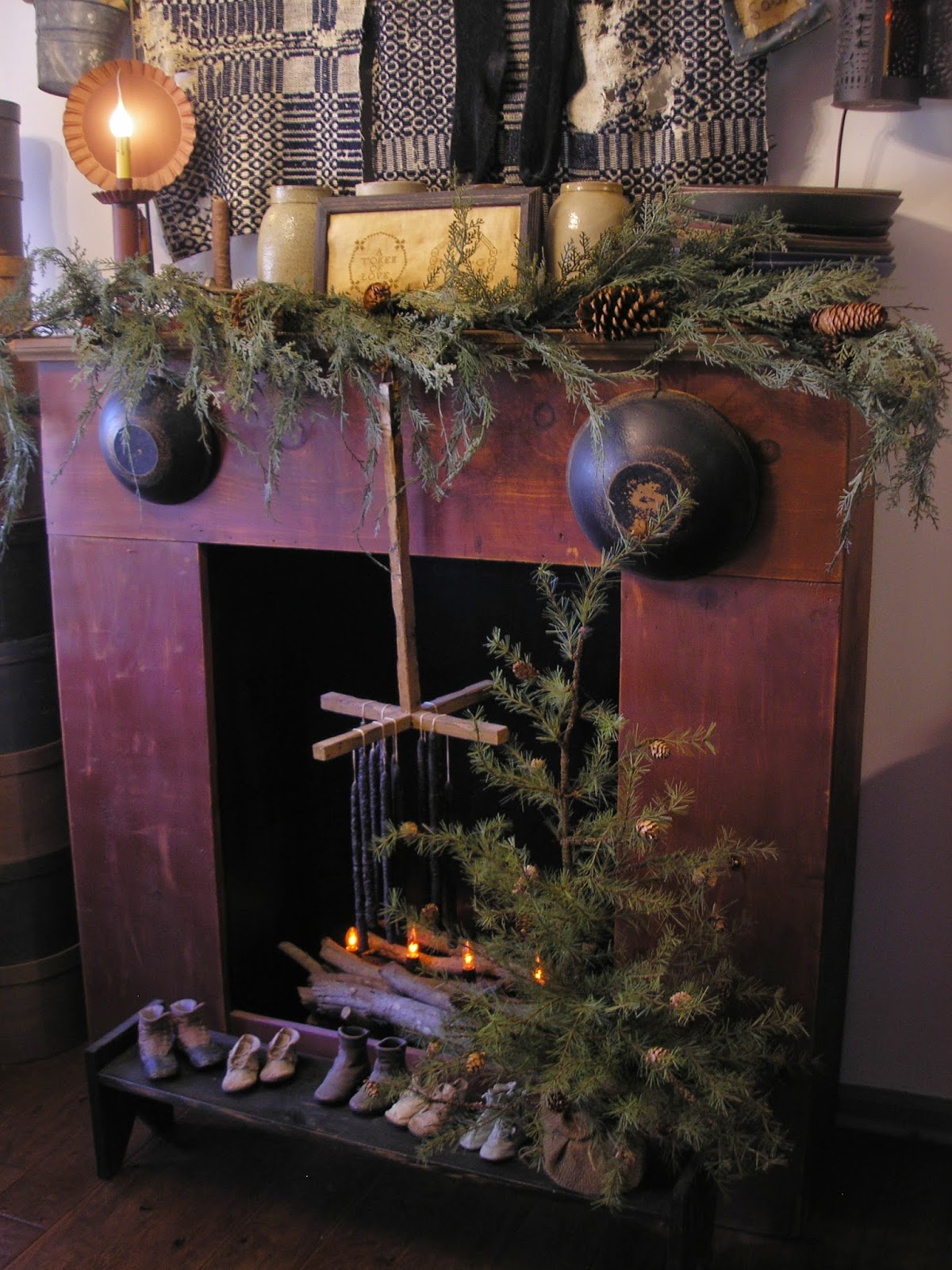 Taylors Farmhouse Attic Merry Christmas 2014