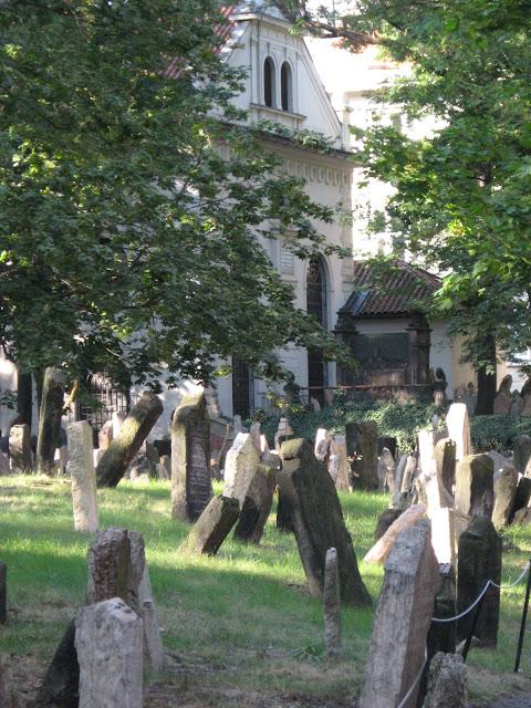 il vecchio cimitero ebraico di Praga