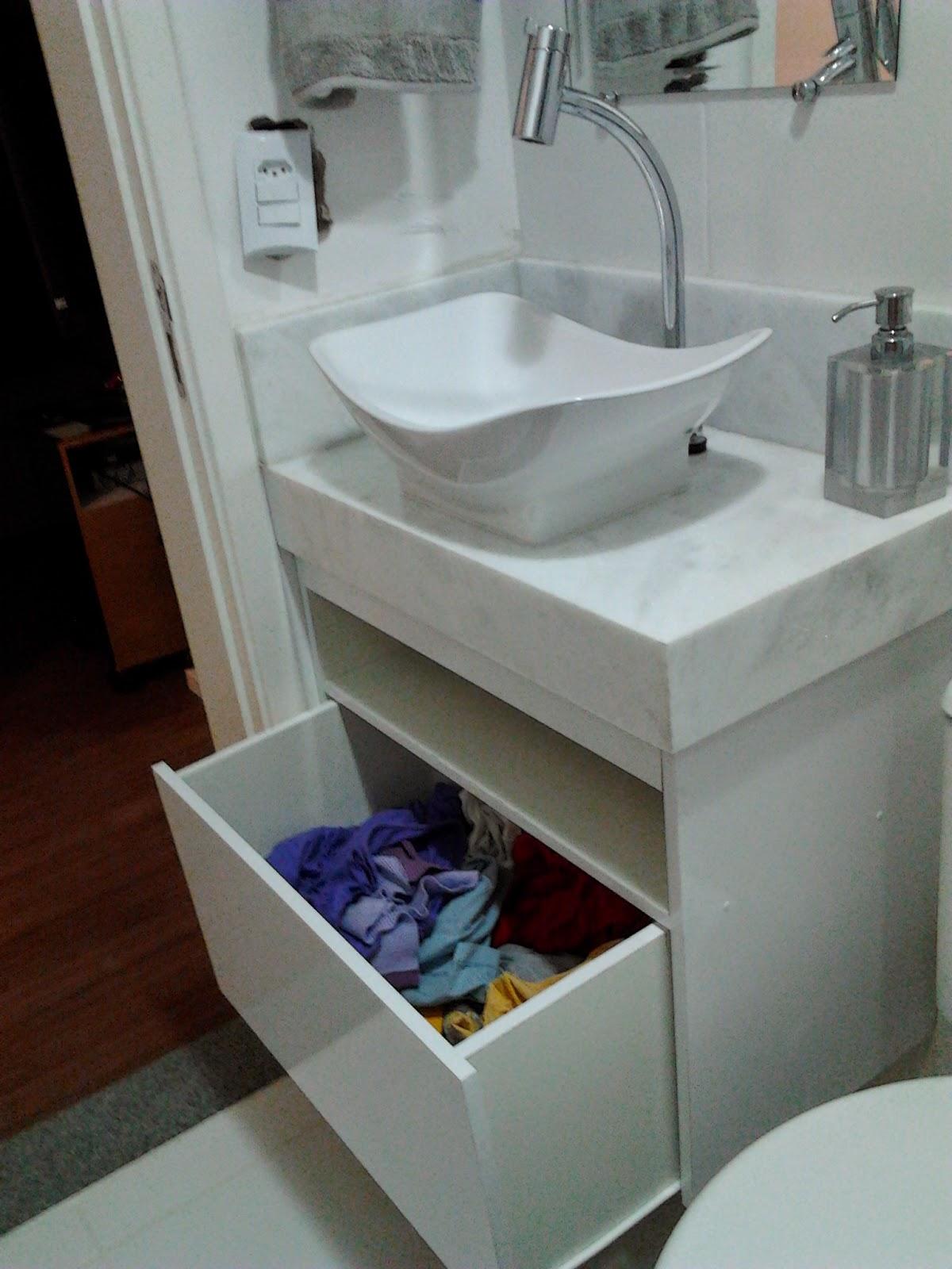 ApartaMeu  Banheiro! -> Pia Movel Banheiro