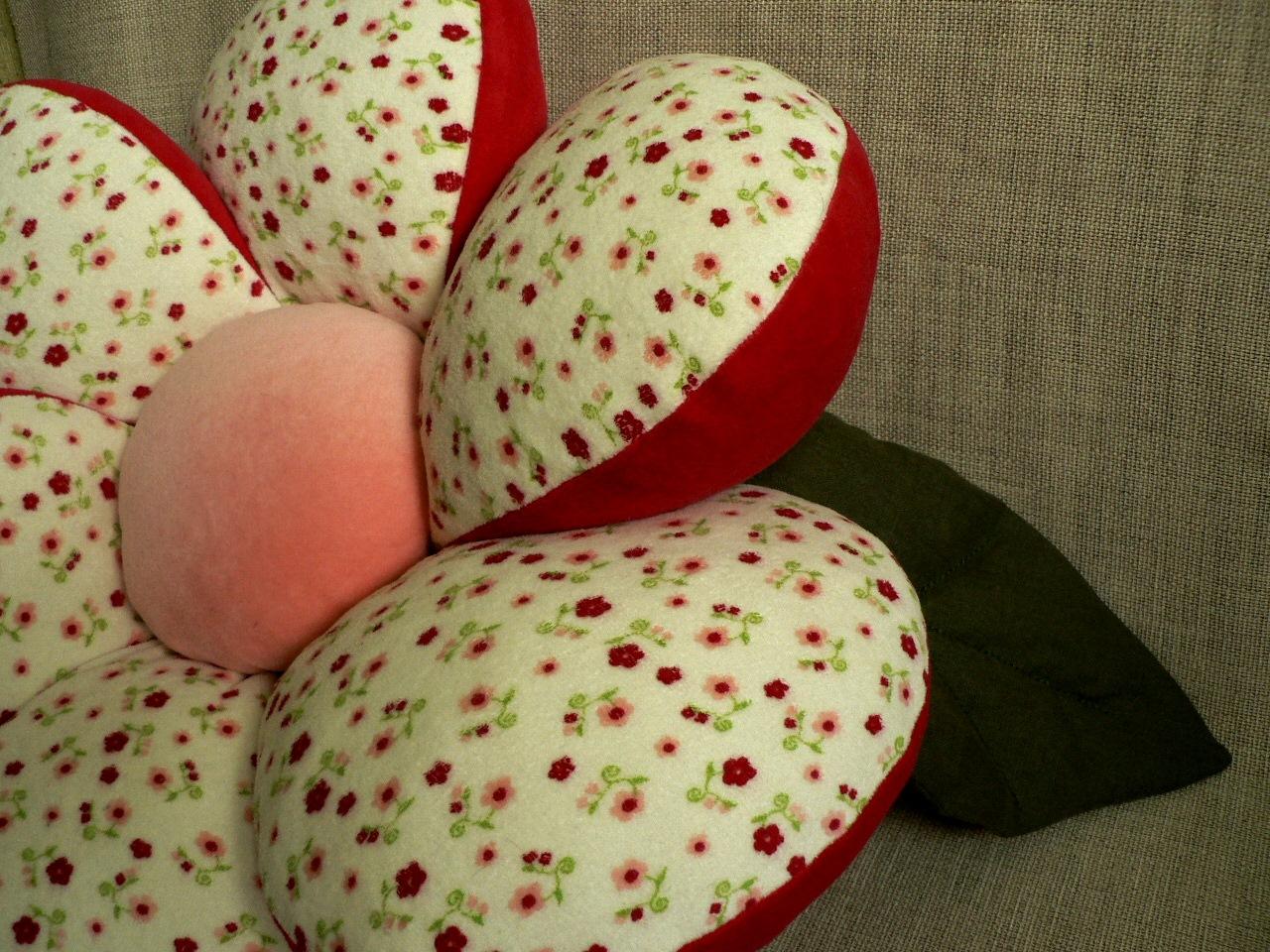 Подушка цветок сшить своими руками