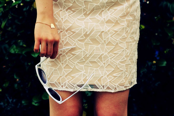 geometric skirt sunglasses