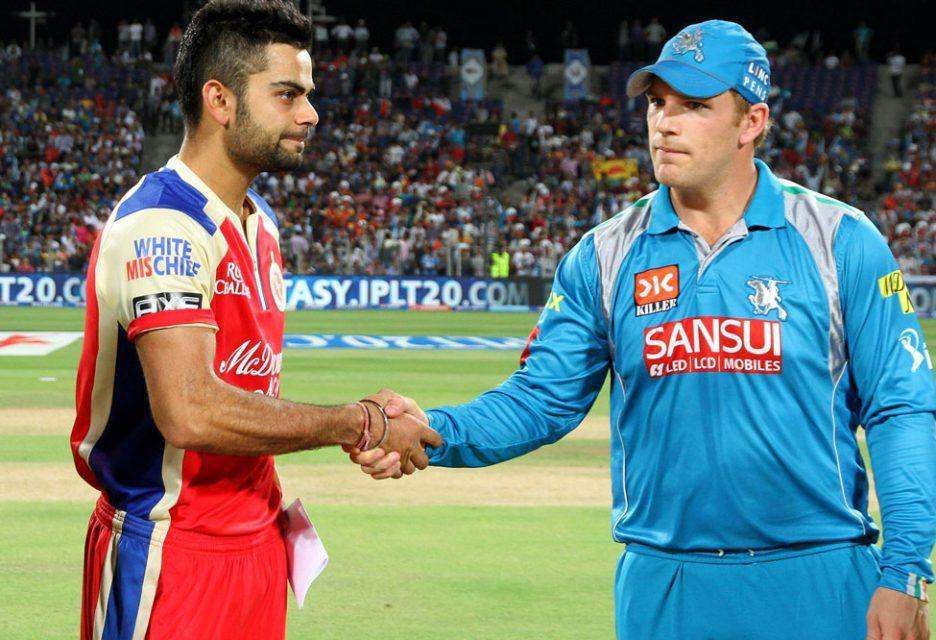 Virat-Kohli-Aaron-Finch-PWI-vs-RCB-IPL-2013