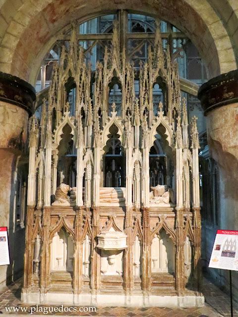 "Edward II's tomb: review of ""Edward III"""