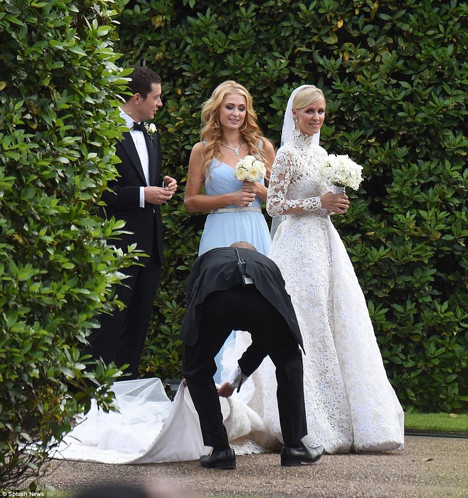 See Nicky Hiltons Gorgeous Valentino Wedding Dress forecast