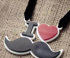 I love moustache :{