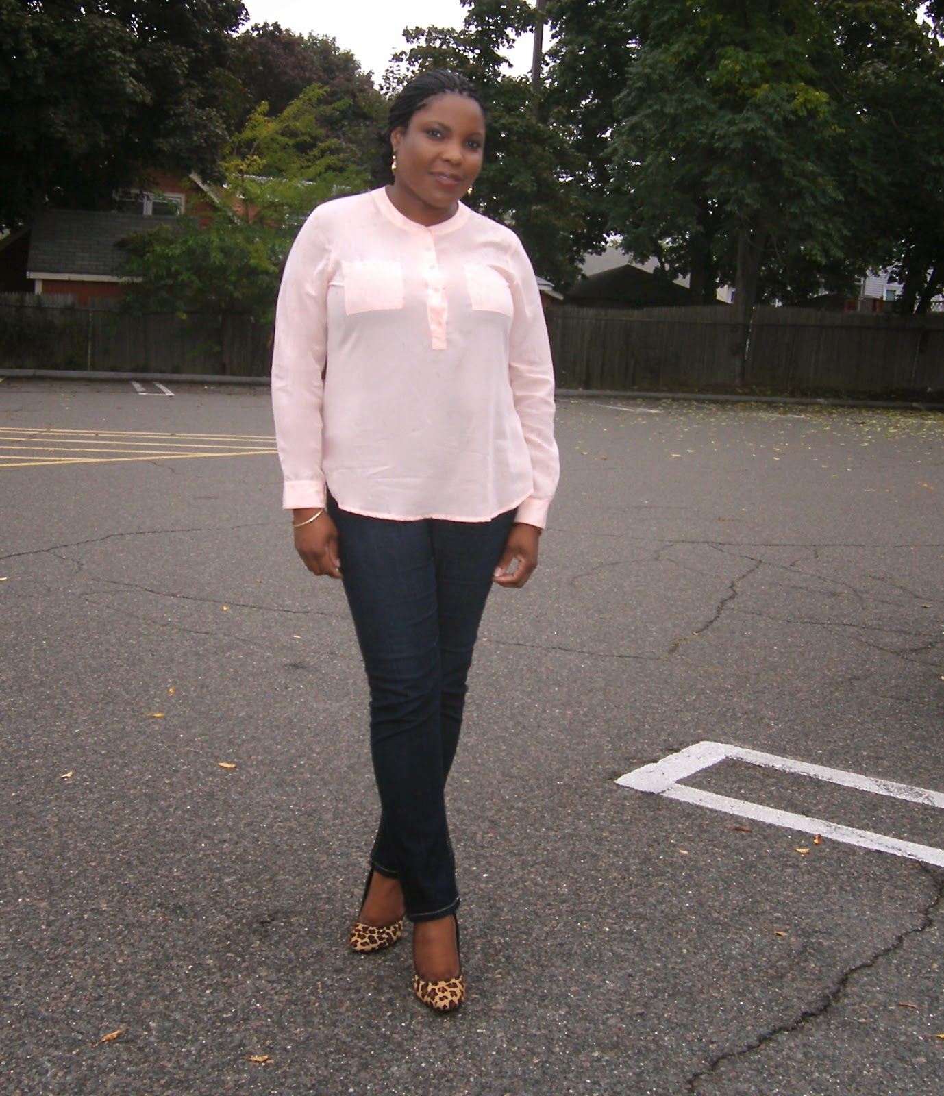 Old Navy Style, Leopard pumps, how to style skinny jeans, what to wear to baby shower