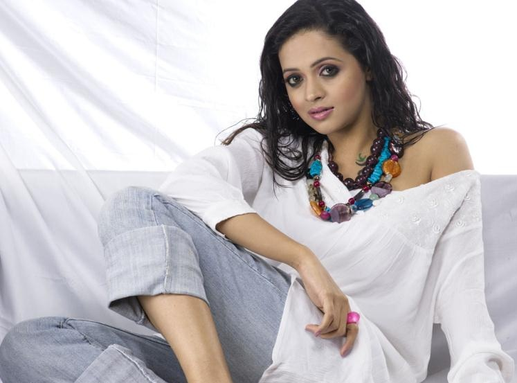 Bhavana Hot Photoshoot in Jeans