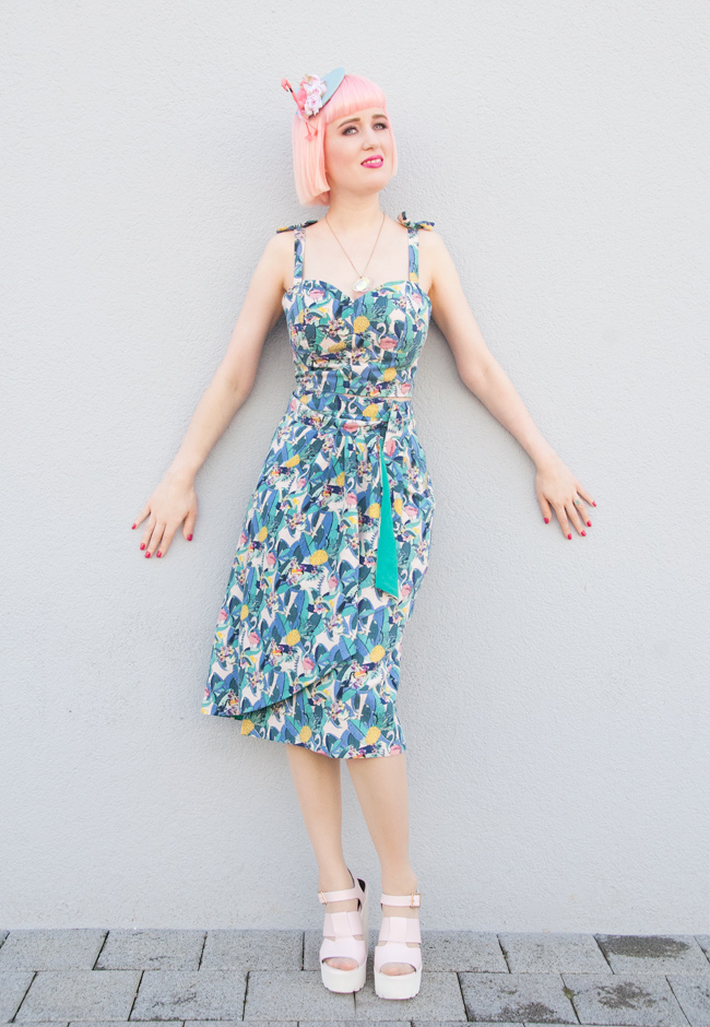 Collectif clothing london, tropical prints, flamingo fascinator