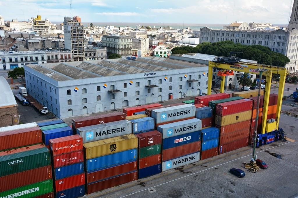 Port of Montevideo Maersk