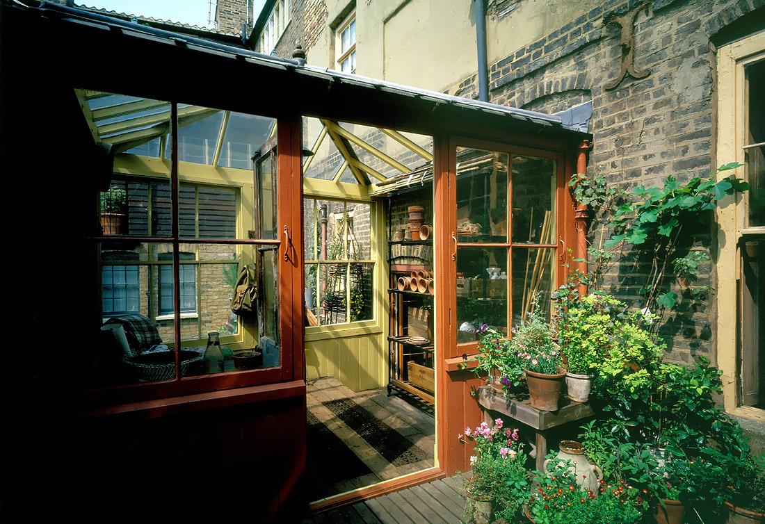 atelier rue verte le blog une maison londonienne dans un quartier historique. Black Bedroom Furniture Sets. Home Design Ideas