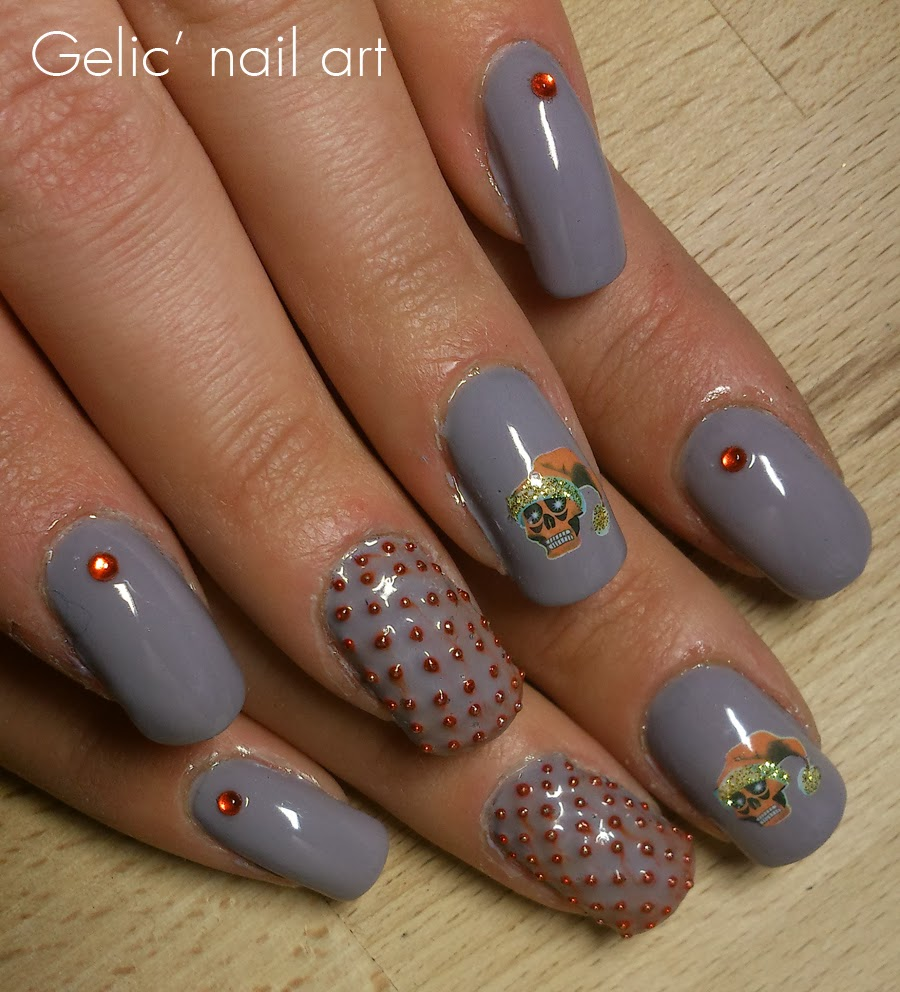 Gelic Nail Art Edgy Christmas Nail Art In Gray And Red
