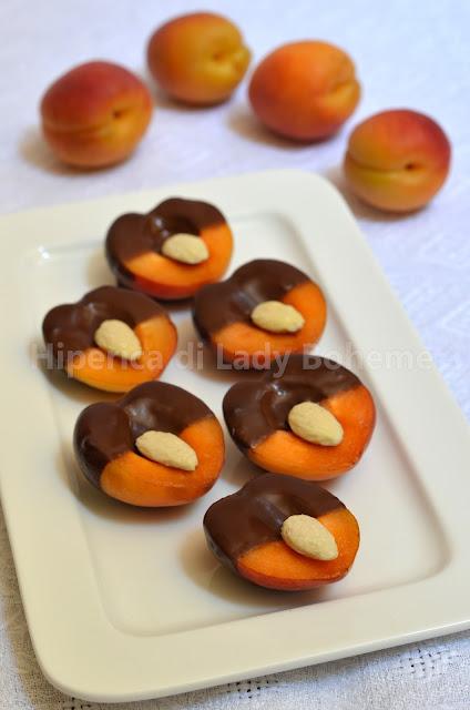 hiperica_lady_boheme_blog_di_cucina_ricette_gustose_facili_dolci_veloci_albicocche_al_cioccolato_1