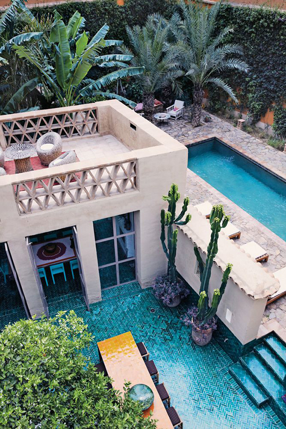 10 backyard pools to steal your heart | Image by Simon Watson via From The Right Bank