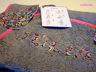 Tovallola davantal per nadó feta a mà rodones de colors - Enfilades