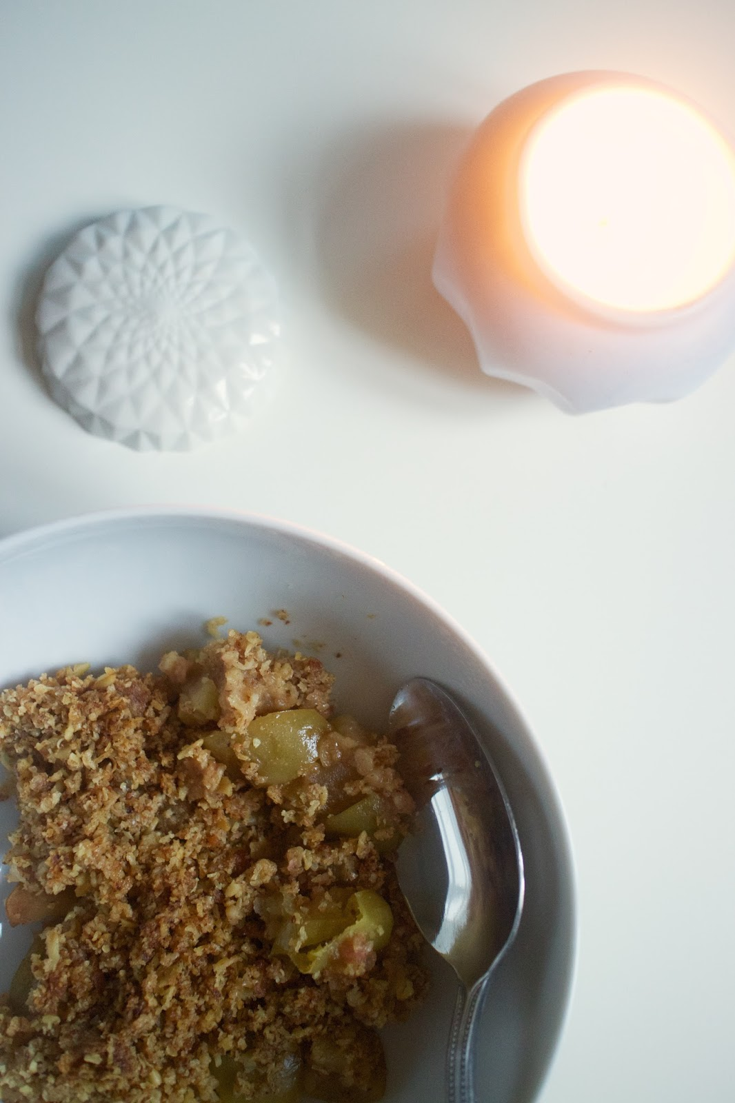 She's So Lucy Healthy Salted Caramel Apple Crumble Recipe